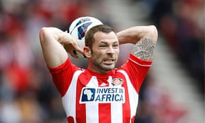 Sunderland's Phil Bardsley has been suspended from the training ground pending an investigation