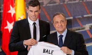 Gareth Bale and Florentino Perez pose