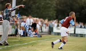 Harry Redknapp sends Steve Davies on at Oxford