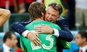 Louis van Gaal and Tim Krul