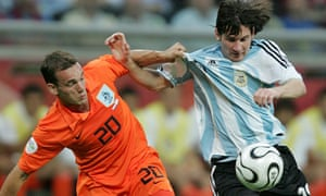 sneijder and messi