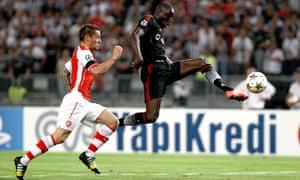 Mathieu Debuchy Arsenal Demba Ba Besiktas