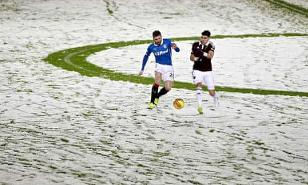 Rnagers v Hearts, match abandoned