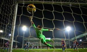Papiss Cissé of Newcastle United scores the opening goal