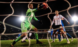 Fulham's Marcus Bettinelli tries in vain to redeem his error after handing Sunderland the equaliser.