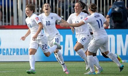 Women's World Cup: England 2-1 Mexico