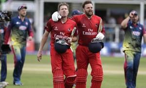 James Faulkner's last-ball hit sends Lancashire to T20 Blast Finals