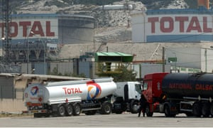 Total is in talks with Greenergy over sale of its 480 UK petrol stations