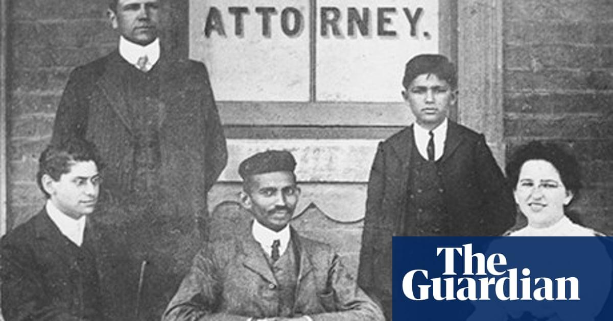 Gandhi Before India by Ramachandra Guha – review | Books | The Guardian