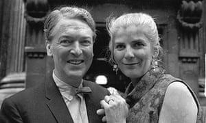 Kingsley Amis and Elizabeth Jane Howard