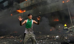 man warning car bomb Baghdad