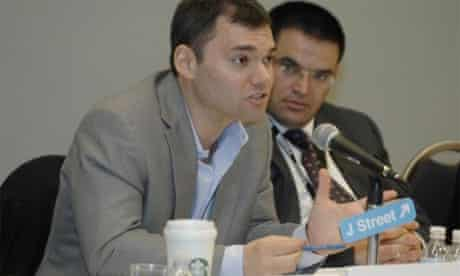 Peter Beinart speaking at a J Street conference, 2012