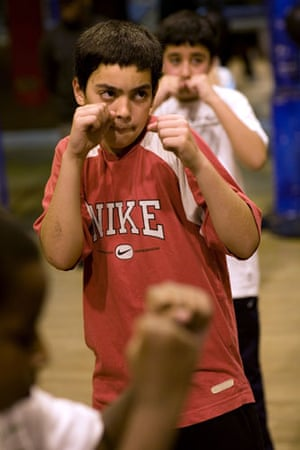 Gallery All Stars Boxing Gym: Young boxers train