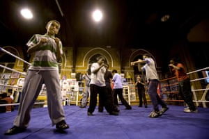 Gallery All Stars Boxing Gym: Young boxers in the ring