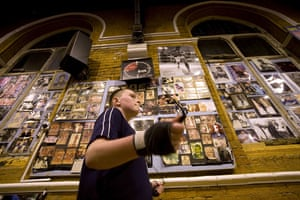 Gallery All Stars Boxing Gym: A young boxer skips