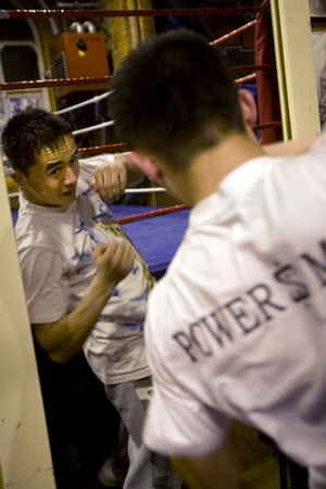Gallery All Stars Boxing Gym: Ezat shadow boxing