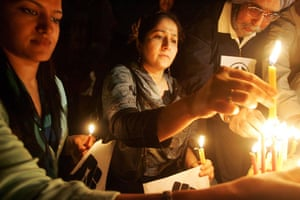 Gallery mumbai update: Candle light march in New Delhi