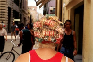 Gallery Magnum's Cuba: Woman with hair rollers