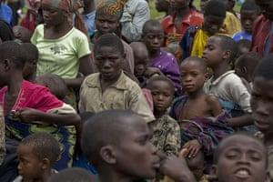 Gallery Congo conflict: People queue for food in Kibati