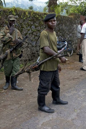 Gallery Congo conflict: CNDP fighters in the town of Rugare