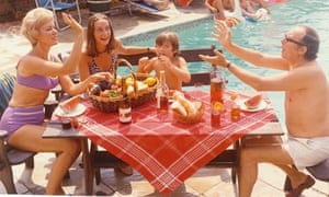 eric morecambe, son gary, wife and daughter by pool