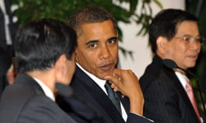 Barrack Obama speaks with Thailand prime minister Abhisit Vejjajiva