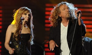 Robert Plant and Alison Krauss perform at the Grammy awards