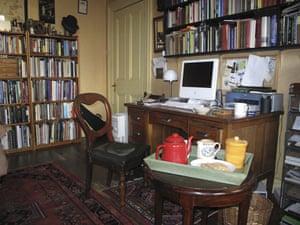 Writers' rooms: 18.04.2009: Ciaran Carson