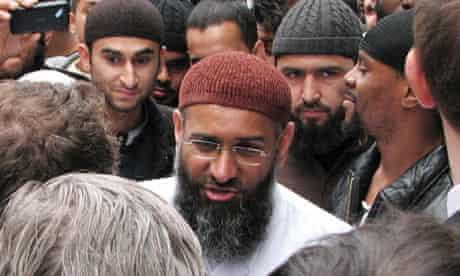 Anjem Choudary at Al-Muhajiroun meeting
