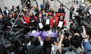 hong kong mps resign