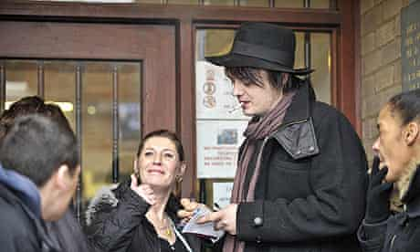 Pete Doherty signs autographs at Gloucester magistrates court.