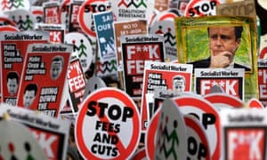 Student protests as ministers vote rise in tuition fees .