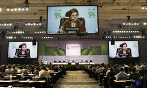 Mexico's foreign secretary Patricia Espinosa speaks at Cancún climate change conference