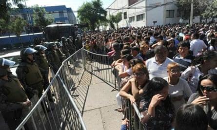 Relatives wait outside Chile prisoon