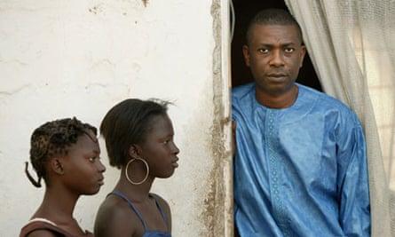 Youssou N'Dour meets fans in Dakar.