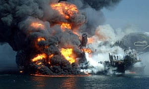 Deepwater Horizon Oil Rig burning