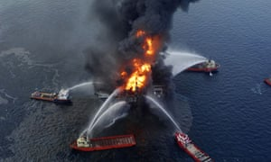 Deepwater Horizon oil rig in Gulf of Mexico catches fire