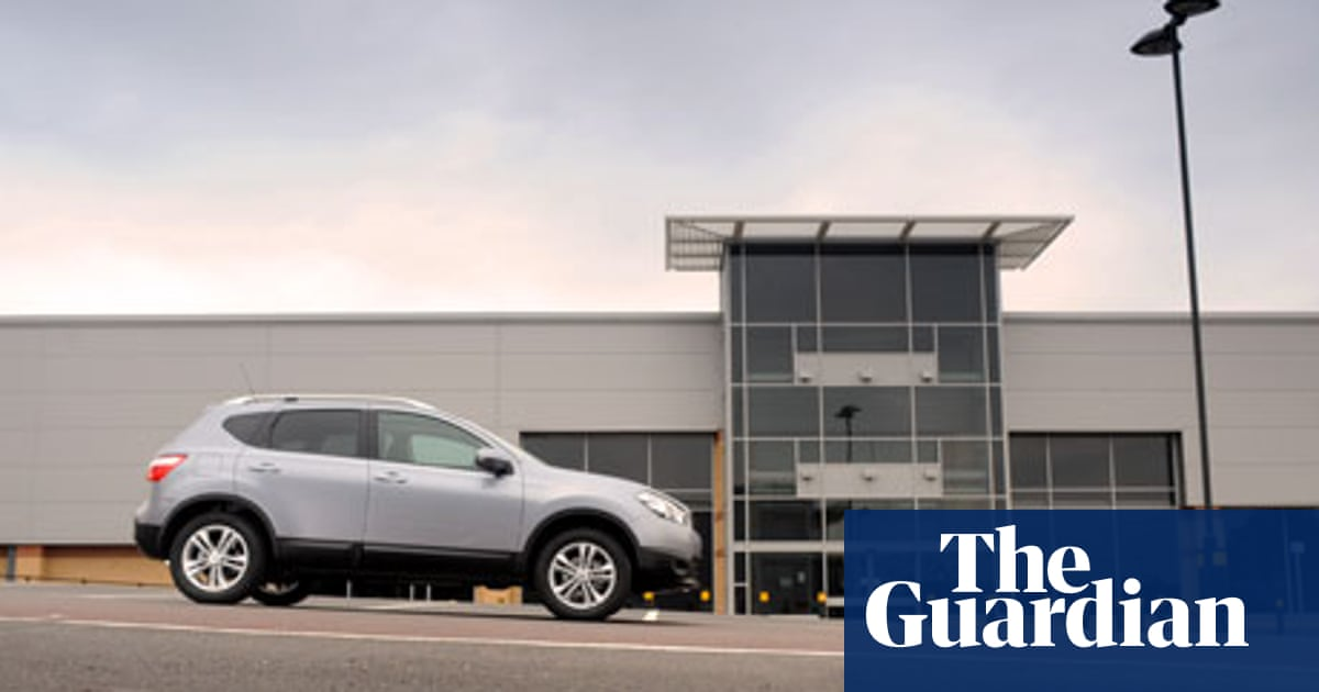 On The Road Qashqai Crossover N Tec Cvt 2 0 Technology The Guardian