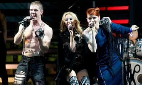 Kylie Minogue joins Scissor Sisters