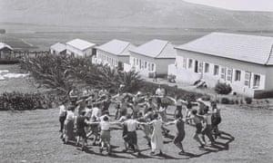 Kibbutz members at Kibbutz Ein Harod in 1936