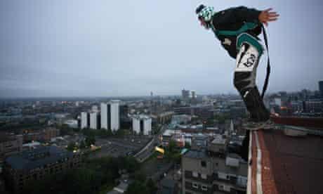 Base jumper Dan Witchalls