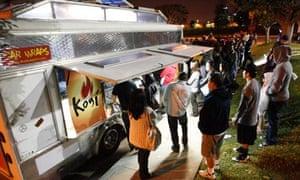 Queues at a Kogi taco truck in Los Angeles