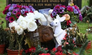 Should Fake Flowers Be Banned From Cemeteries Life And Style