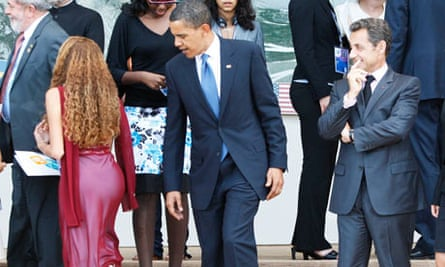 Obama appears to ogle woman