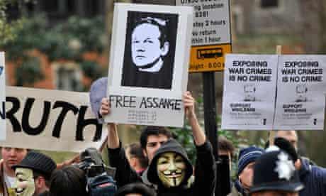 WIkiLeaks Juilan Assange In Court