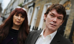 Gary McKinnon with his mother, Janis Sharp