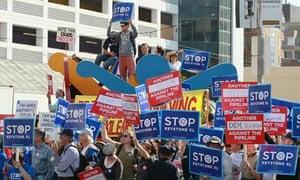 Protestors against the Keystone XL oil pipeline in San Francisco, California
