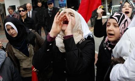 Syrians protest in Turkey
