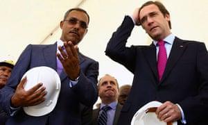 Pedro Passos Coelho visits Angola