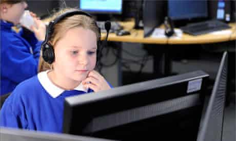 Long Toft Primary School pupils at the Children's University computer session at Doncaster College